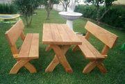 Gartenmöbel und Sitzgruppen aus Holz