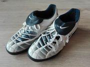 Nike Fussball Schuhe