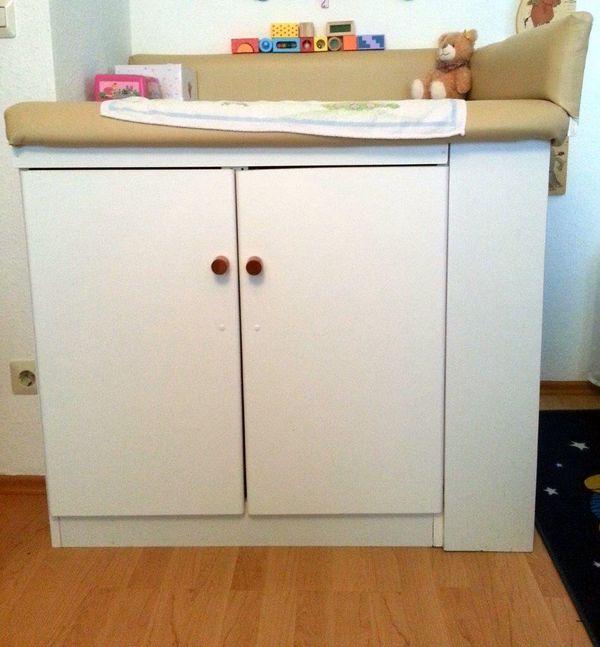 wickelkommode wickeltisch mit ankauf und verkauf anzeigen. Black Bedroom Furniture Sets. Home Design Ideas