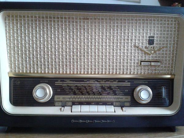 altes grundig radio gebraucht kaufen bei. Black Bedroom Furniture Sets. Home Design Ideas