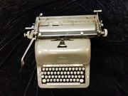 Schreibmaschine ADLER 50er Jahre