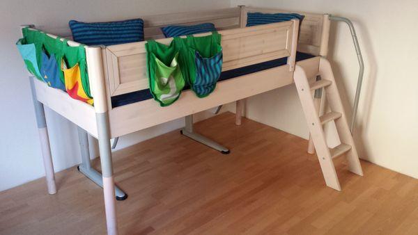 Kinder- Jugendzimmerbett von FLEXA