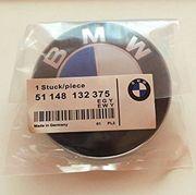 2 BMW Emblem
