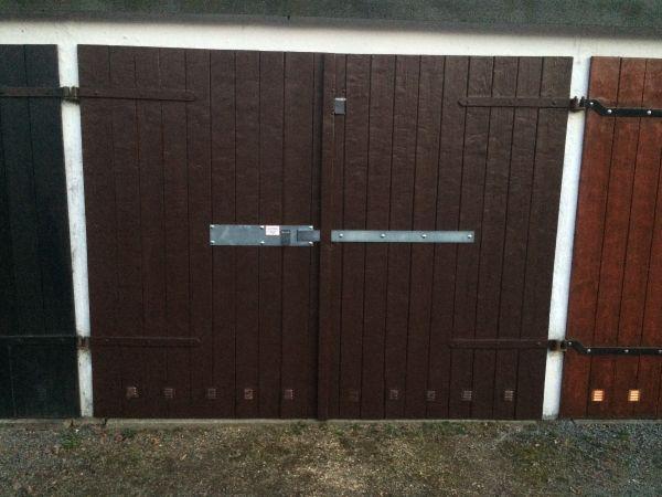 garage tor sicherheit schloss riegel beschlag metall in chemnitz t ren zargen tore. Black Bedroom Furniture Sets. Home Design Ideas