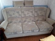 Couch zwei Sessel