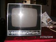 Fernseher und Radio