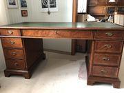 Massiver Esche-Schreibtisch