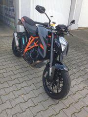 KTM 1290R Super