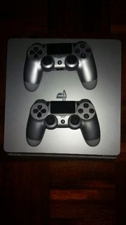 PS4 Slim mit