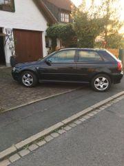Audi A3 schwarzmetallic
