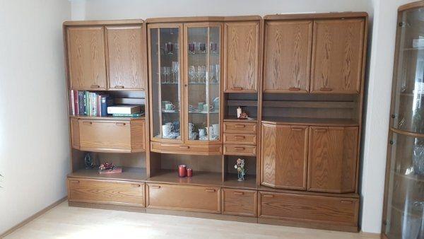 zu verschenken wohnwand - Rastatt - gebrauchte wohnwand 320cm x220 plus Glaseck 40 cm x 220 auch teilweise zu verschenken - Rastatt