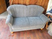 grau-blaues Sofa