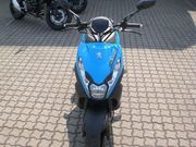 NEUW-MOTORROLLER-PEUGEOT-