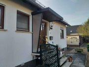 Vordach und Geländer