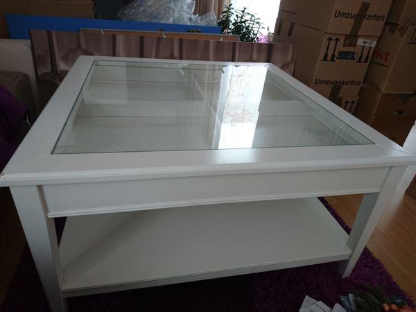 Ikea Tisch Weiß Mit Glasplatte Und Schublade In München Ikea Möbel