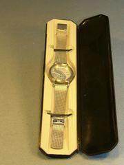 Edelstahl Designer Uhr von Artwork