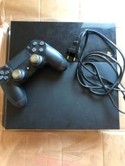 Playstation 4 500GB mit Controller