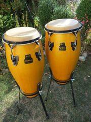 Conga-set bestehend aus 2 Congas