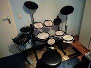 ROLAND TD-8 E Drum Set