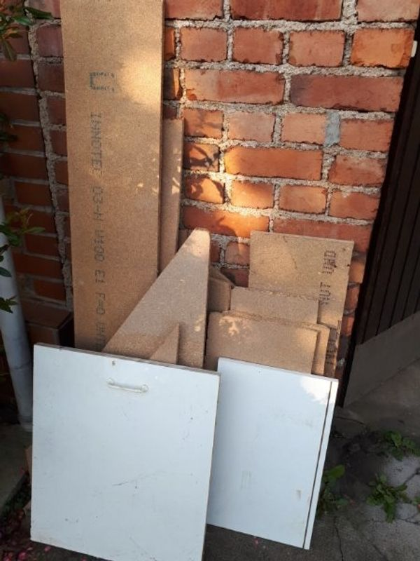 Bastel Holz an Selbstabholer zu verschenken