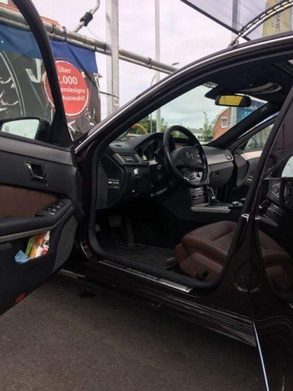 Mercedes-Benz E 250 CDI DPF BlueEFFICIENCY Automatik Avant. . . - Gaggenau - Mercedes, 250, Limousine, Diesel, 204 PS, 154.000 km, EZ 10/2010, Automatik, Braun Metallic, Dieselpartikelfilter, Scheckheftgepflegt, Nichtraucherfahrzeug. Das Fahrzeug befindet sich technisch als auch optisch in einem sehr guten Zustand.Ganzj - Gaggenau