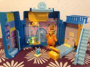 Bär im großen blauen Haus