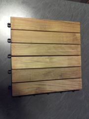 Holzfliese 30x30cm