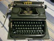 alte Schreibmaschine von Voss Kofferschreibmaschine