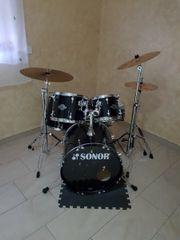 Sonor Schlagzeug... wenig