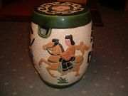 Asiatischer Keramikhocker-Keramik-
