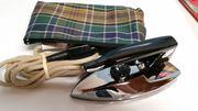 Reisebügeleisen mit Tasche