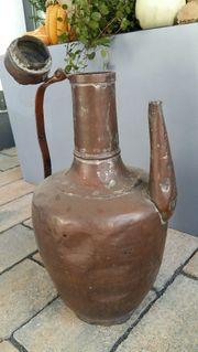 alte Kupferkanne Kupfergefäß