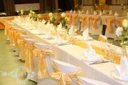 Schleifen in Apricot Pfirsich Hochzeit