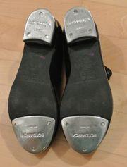 Stepp-Schuhe für