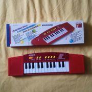 Intersound - Piano - Orgel Elektrisch