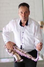 Saxophonist Saxophon Hochzeit Trauung Dinner