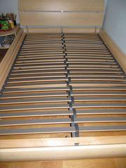 Bett mit Lattenrost 140 x200