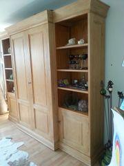 Wohnzimmerschrank - massiver Holzschrank -