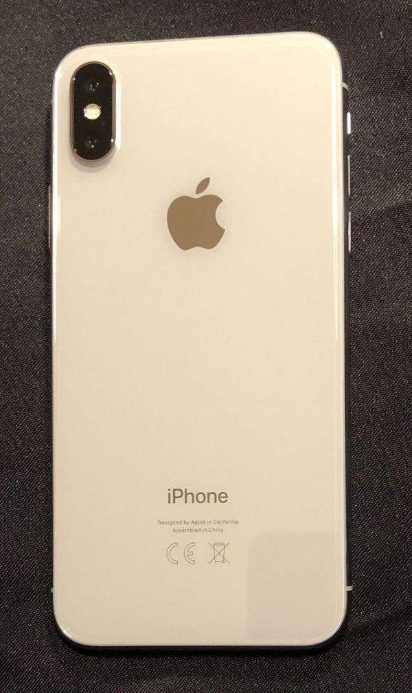 Apple iPhone X - 64GB - - Hamburg Barmbek-nord - Verkaufe nagelneues iPhone X, mit 64GB, silber. Originalverpackung, sämtliches Zubehör, unbenutzt! Originalrechnung. Das Handy wurde am 15.11.2017 gekauft und aktiviert - es besteht daher noch volle Garantie und Apple-Support!Ledi - Hamburg Barmbek-nord