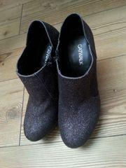 CATWALK High-Heels (