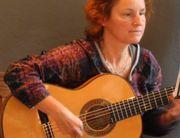 Hobby-Gitarristin/-Sängerin