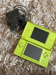 Nintendo DS + Tasche +