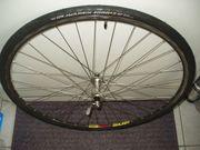 Neuwertiger-Campagnolo Radsatz für Rennräder 8