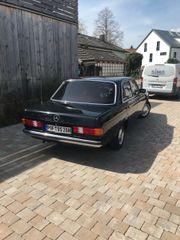 Mercedes W123 E200