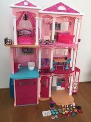 Barbie Stadthaus