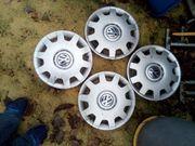 4 Reifen mit Stahlfelgen und
