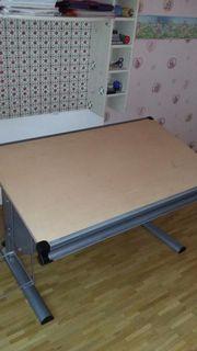 Moderne Schreibtisch, verstellbar