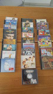 CD s diverse Sampler mit