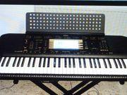 Keyboard PSR 730