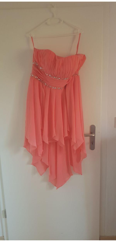c05707f79f9840 Damen Abendkleider kaufen / Damen Abendkleider gebraucht - dhd24.com